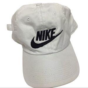 NIKE Swoosh White Black Embroidered Hat